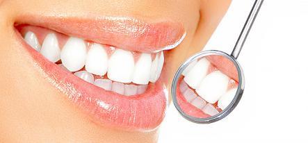Художня реставрація зубів фотополимерами